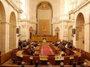 Muere atragantado un hombre en el Parlamento andaluz