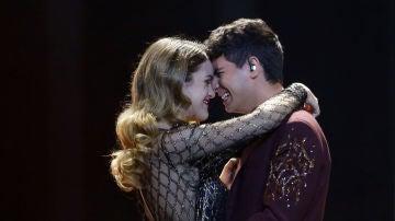 Alfred y Amaia durante su actuación en Eurovisión 2018