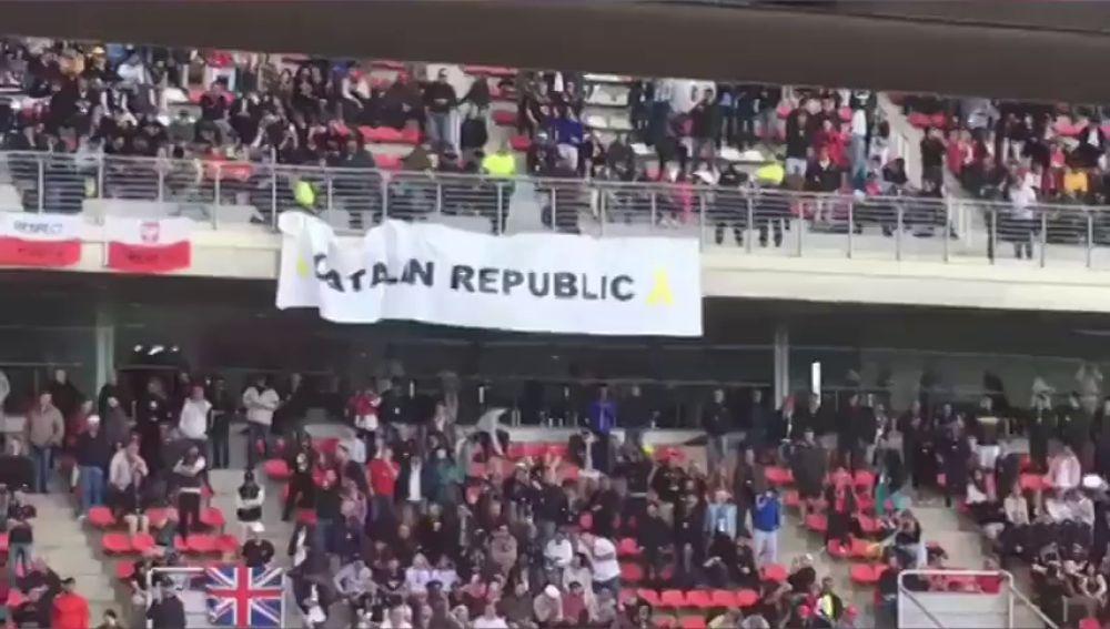 Retiran una pancarta independentista durante el Gran Premio de España de Formula 1