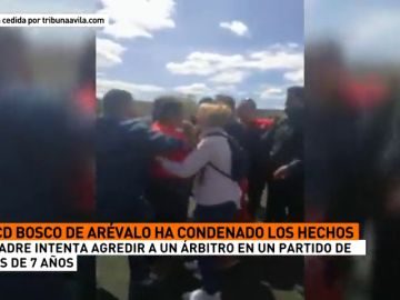 El entrenador del Bosco de Arévalo prebenjamín y dos delegados evitaron que varios padres agredieran al árbitro