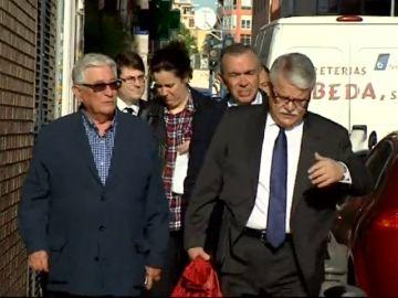 Anticorrupción se opone a retirar la acusación contra los exconsejeros de la CAM