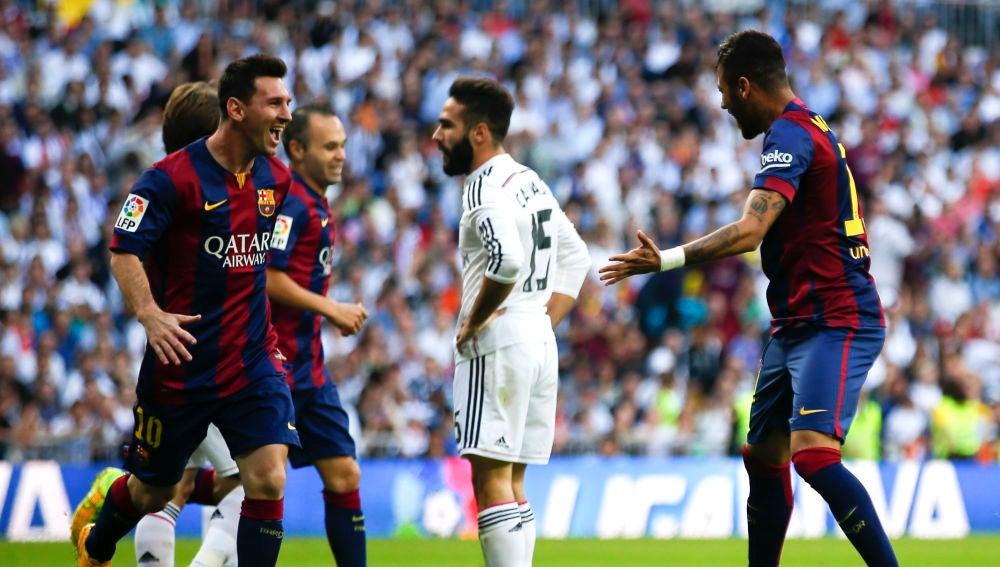 Messi y Neymar celebran un gol contra el Real Madrid