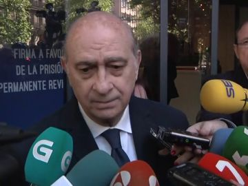 El exministro Fernández Díaz compara a Torra con la extrema derecha racista