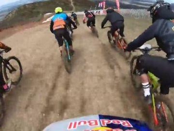 Espectacular descenso en la 'Bicicleta Sagrada' en La Pinilla bikepark