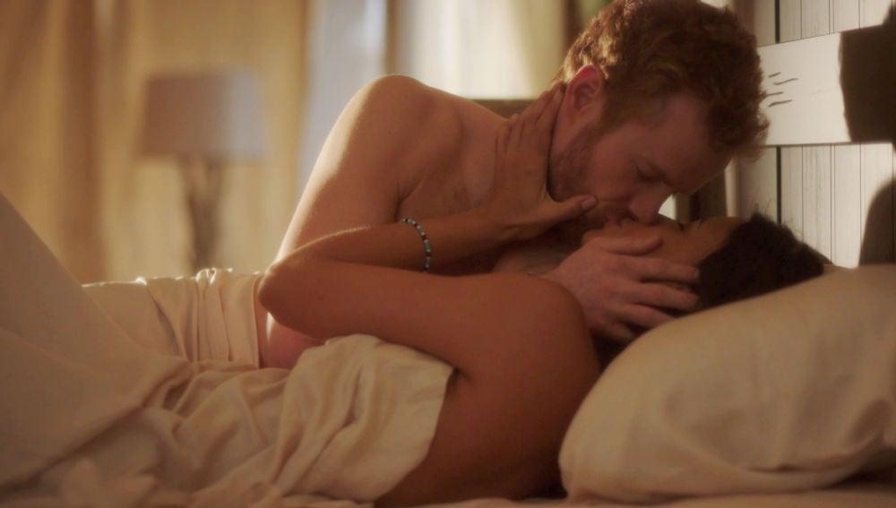 Harry pide matrimonio a Meghan tras una noche de pasión