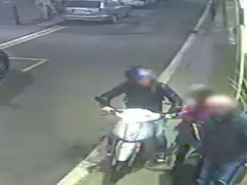 """Detenido por robar con """"el método del tirón"""" a varias personas en Barcelona"""