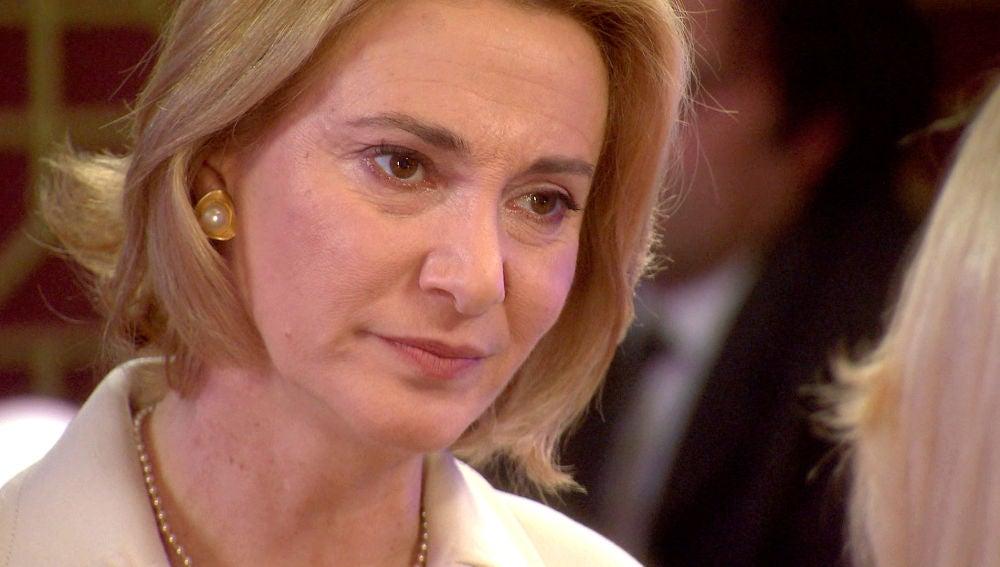 "Matilde advierte a Charo: ""Deja en paz a mi marido"""
