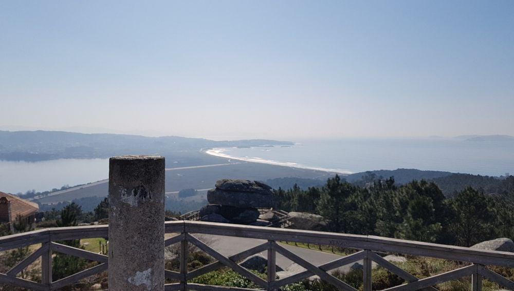Vista de A Lanzada desde el mirador de Siradella (O Grove)
