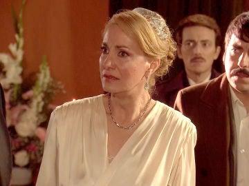 Samuel irrumpe en la boda de Matilde y Ortega para desenmascarar a Ernesto