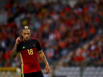 Nainggolan, durante un partido con Bélgica