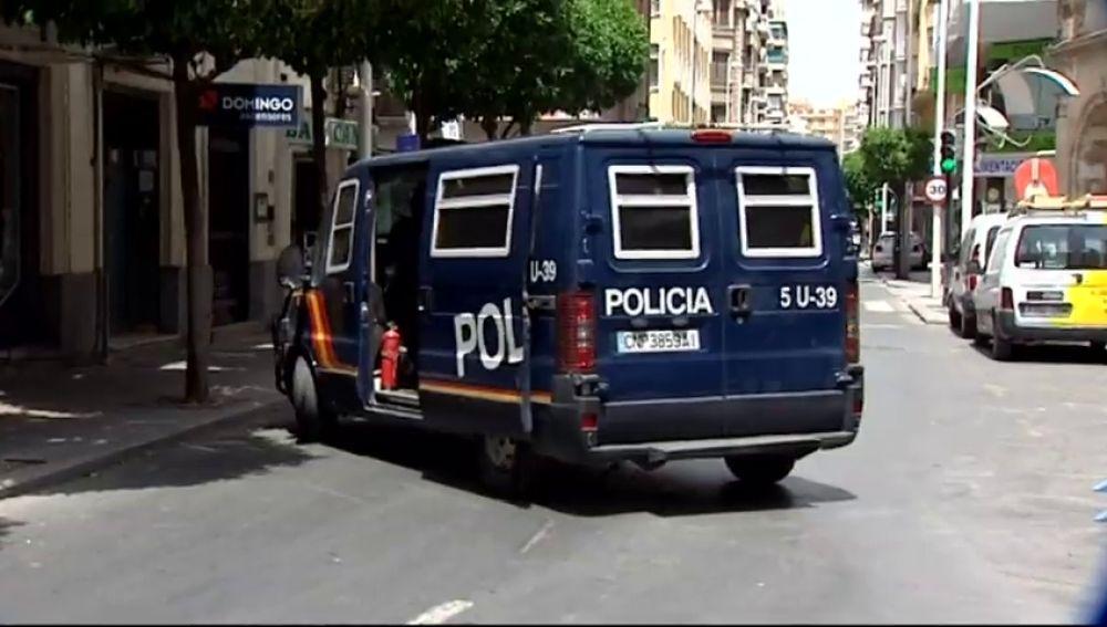 Detenido por dejar embarazada a su hija de 15 años tras abusar de ella durante más de dos años en Murcia