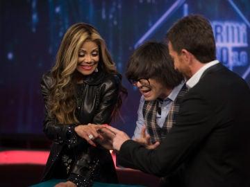 Luis Piedrahita sorprende con magia a La Toya Jackson en 'El Hormiguero 3.0'