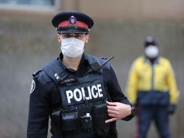 Un policía canadiense