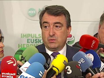 El PNV, dispuesto a hablar con PSOE de la moción de censura para saber su planteamiento sobre Euskadi y Cataluña