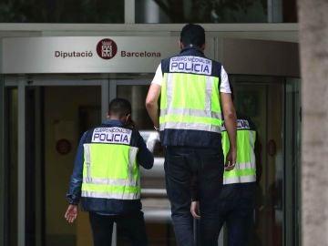 Registro este jueves de la Diputación de Barcelona por la UDEF en una macrooperación contra la Diputación