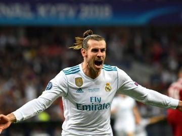 Gareth Bale celebrando el 2-1