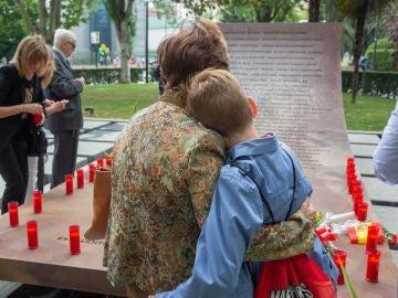 Homenaje de las familias a los 62 militares fallecidos en el accidente del Yak-42
