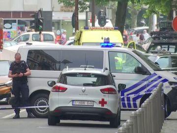 Un presunto terrorista mata a tres personas en Lieja, dos de ellas agentes de policía, y después es abatido