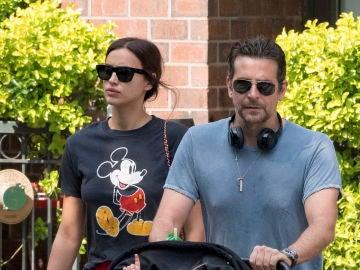 Las fotos de Bradley Cooper e Irina Shayk con su hija