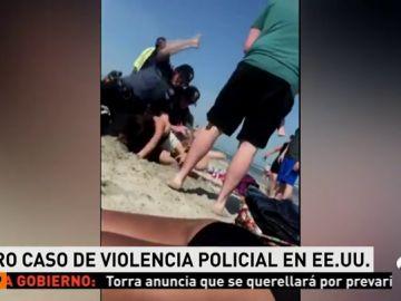 Nuevo caso de violencia policial en Estados Unidos: dos agentes detienen a una joven a golpes en una playa de Nueva Jersey