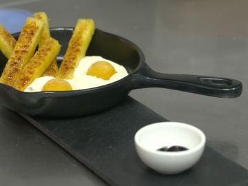 Estos huevos fritos con patatas son otra cosa...