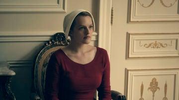 Todo sobre Elisabeth Moss, la protagonista de 'El cuento de la criada'