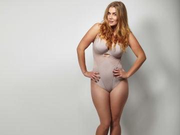 Mujer con body