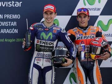 Jorge Lorenzo y Marc Márquez, durante el GP de Aragón en 2015
