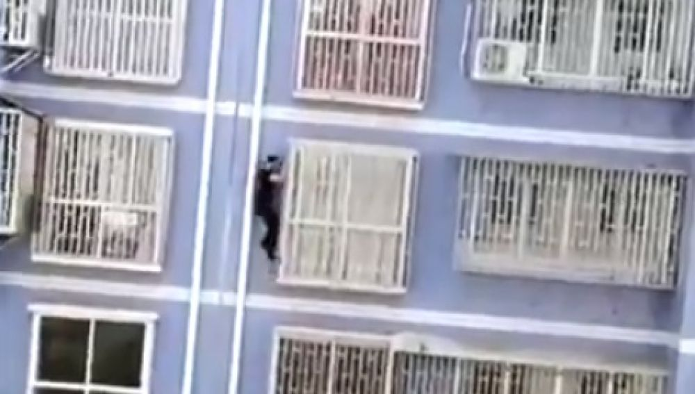 El 'Spiderman chino'