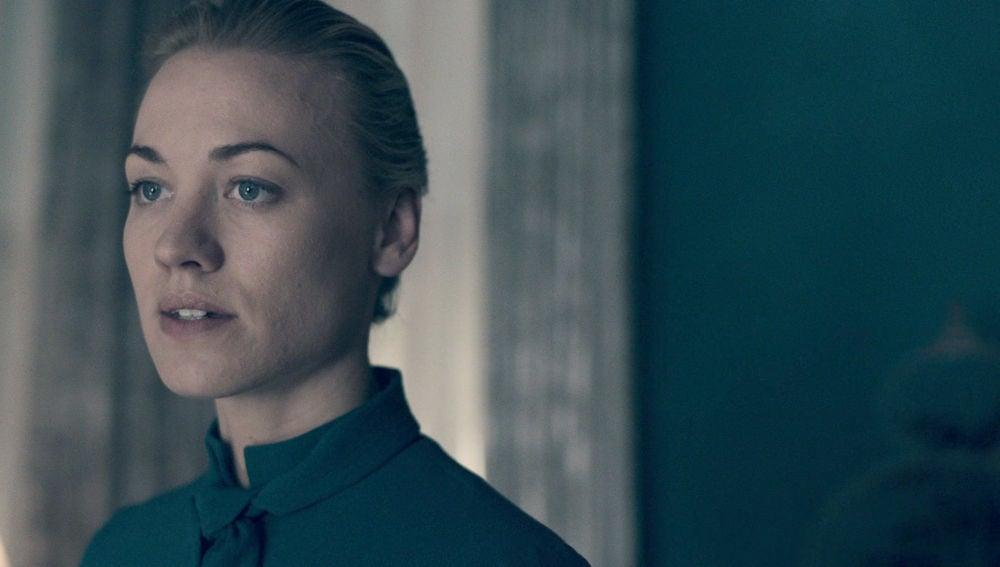 Así es Serena Joy, la esposa del comandante Fred Waterford en 'El cuento de la criada'
