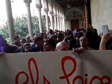 Arran, CUP y sindicatos de estudiantes boicotean un acto de la SCC en la Universidad de Barcelona