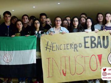 Los alumnos extremeños protestan para no tener que repetir los exámenes de Selectividad