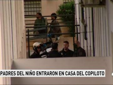 Detenidos los padres del niño de nueve años que murió arrollado por una lancha en Algeciras por amenazar a la familia del copiloto