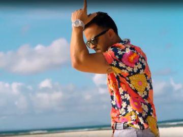 Luis Fonsi estrena 'Calypso'