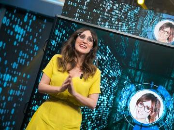 Ana Morgade le presenta a David Broncano al próximo invitado de su programa