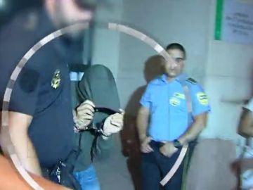 Decretan prisión provisional sin fianza para los policías de Estepona detenidos por la presunta agresión sexual a una joven