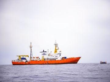 El barco Aquarius de la ONG SOS Méditerránee