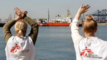 El Aquarius se acerca al puerto de Valencia