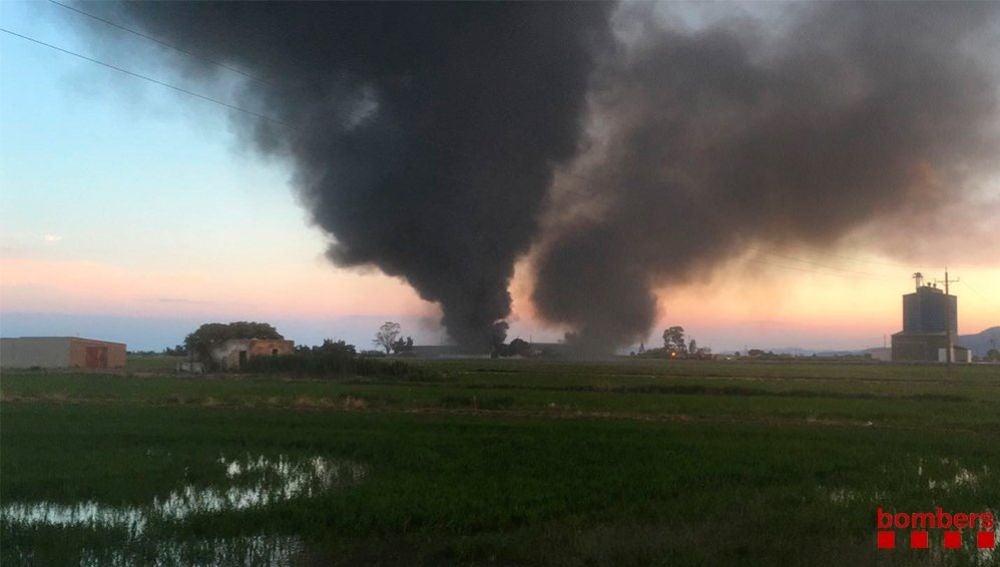 Incendio en un astillero de Tarragona