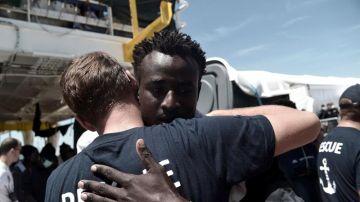 Desembarco de migrantes que iban a bordo del Aquarius en Valencia