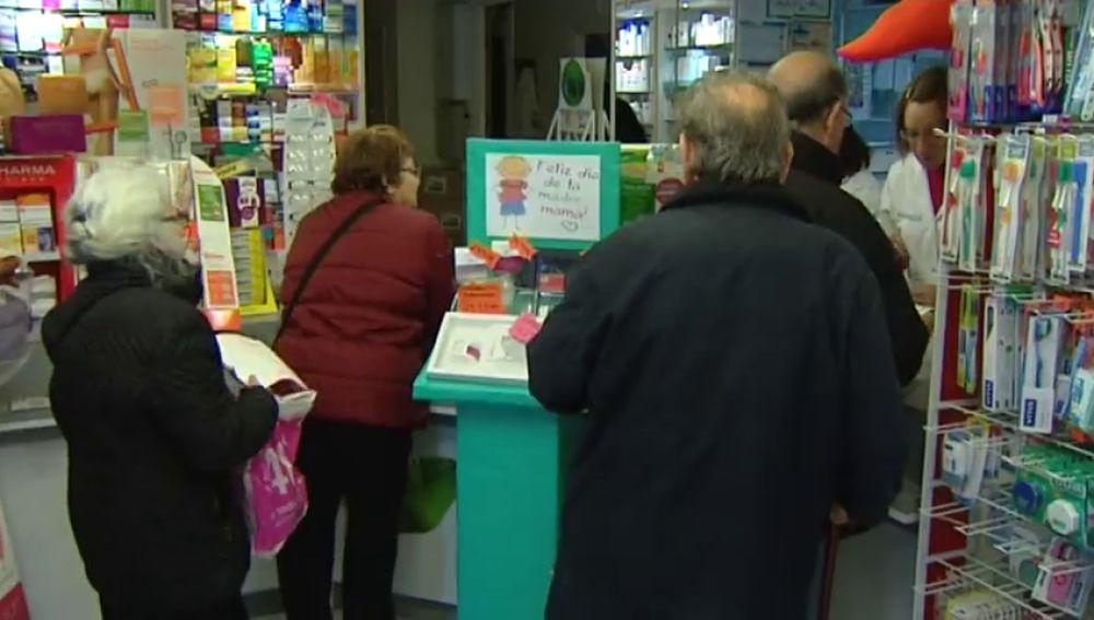 Los pensionistas dejarán de pagar medicamentos, según anuncia el Gobierno