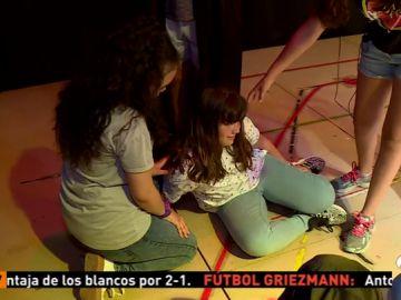 'En sus zapatos', una iniciativa pionera para luchar contra el acoso escolar a través del teatro