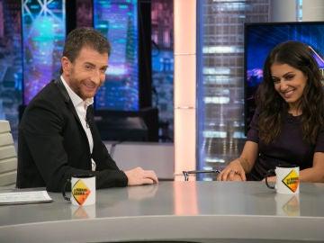 La sonrisa de malo de Pablo Motos que ha sorprendido a Hiba Abouk en 'El Hormiguero 3.0'