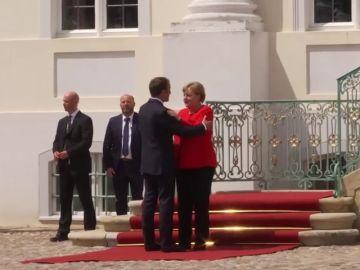 Merkel y Macron anuncian un acuerdo para la reforma de la eurozona