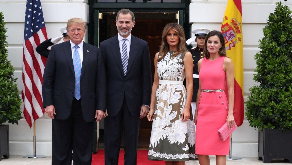 Donald Trump y su esposa, Melania, reciben a los Reyes de España en la Casa Blanca