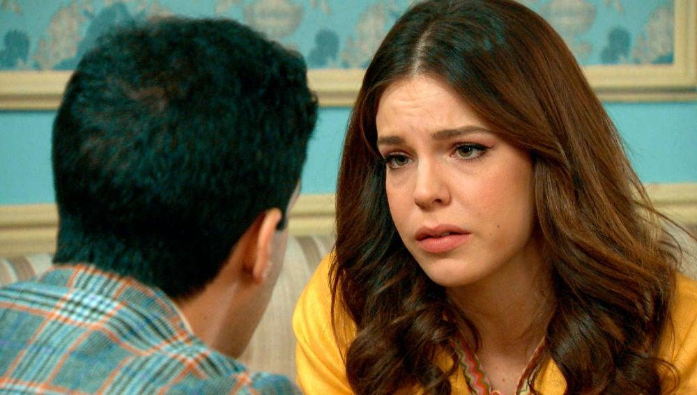 Ignacio consuela a María tras salir a la luz intimidades de su pasado
