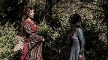 Aledis se topa con Francesca, la madre de Arnau