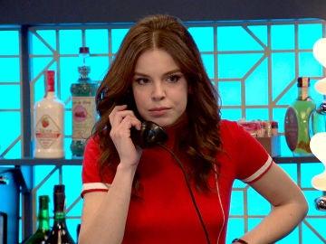 María recibe una llamada de su exmarido