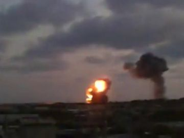 Milicias palestinas lanzan 45 proyectiles contra Israel y este bombardea Gaza