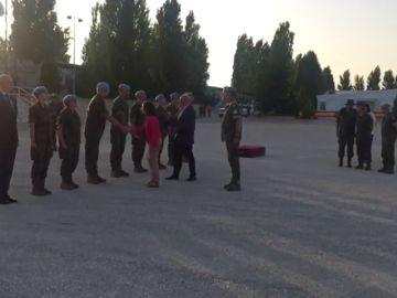 La nueva ministra de Defensa visita el mayor destacamento internacional